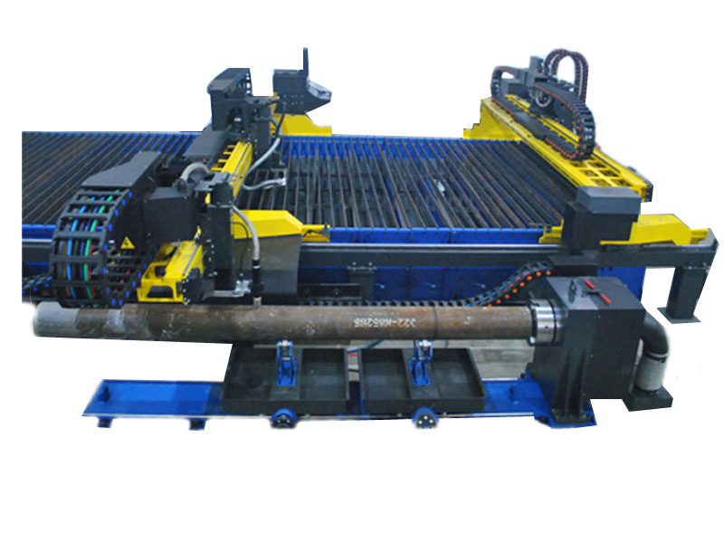 машина за рязане на стоманени тръби
